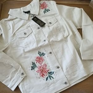 DG2 PLUS Cream Jean Jacket Embroidered Floral NWT